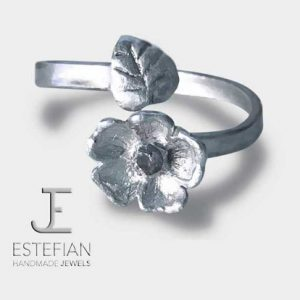 """Anello """"Nontiscordardime"""" in argento con foglia e pietra bianca, fatto a mano - Estefian-Jewels handmade"""